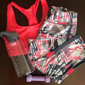 Leggings and matching Sports bra - Danskin Both S
